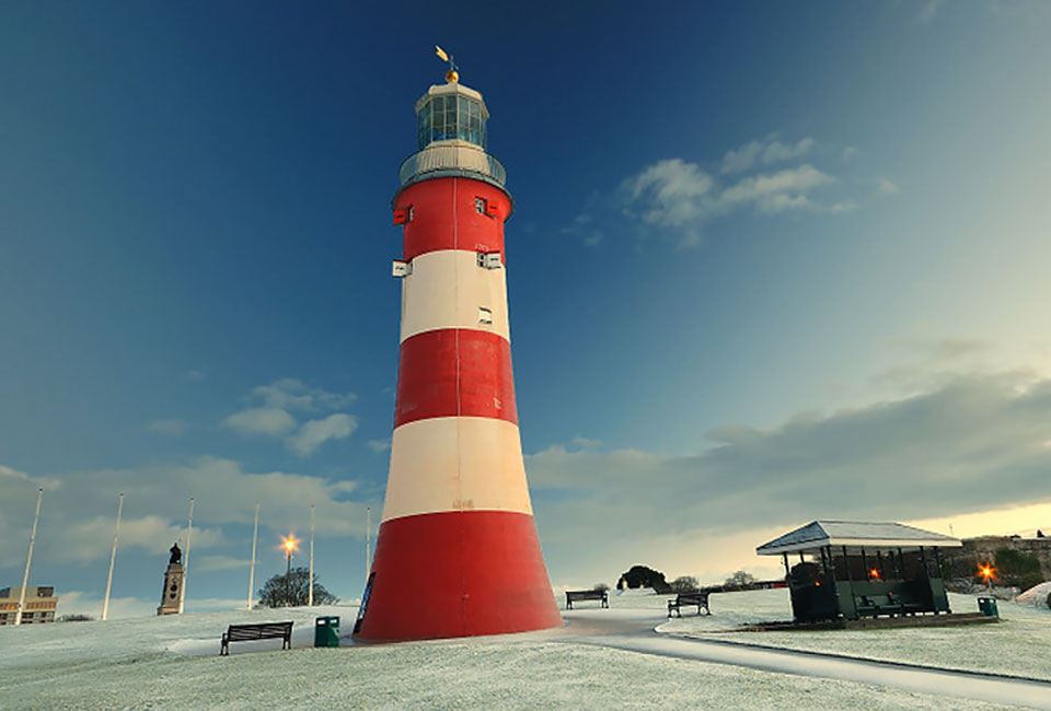 plymouth hoe winter